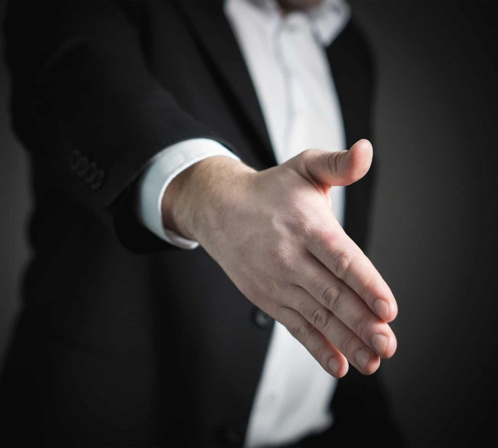 Receive the speaker with a handshake