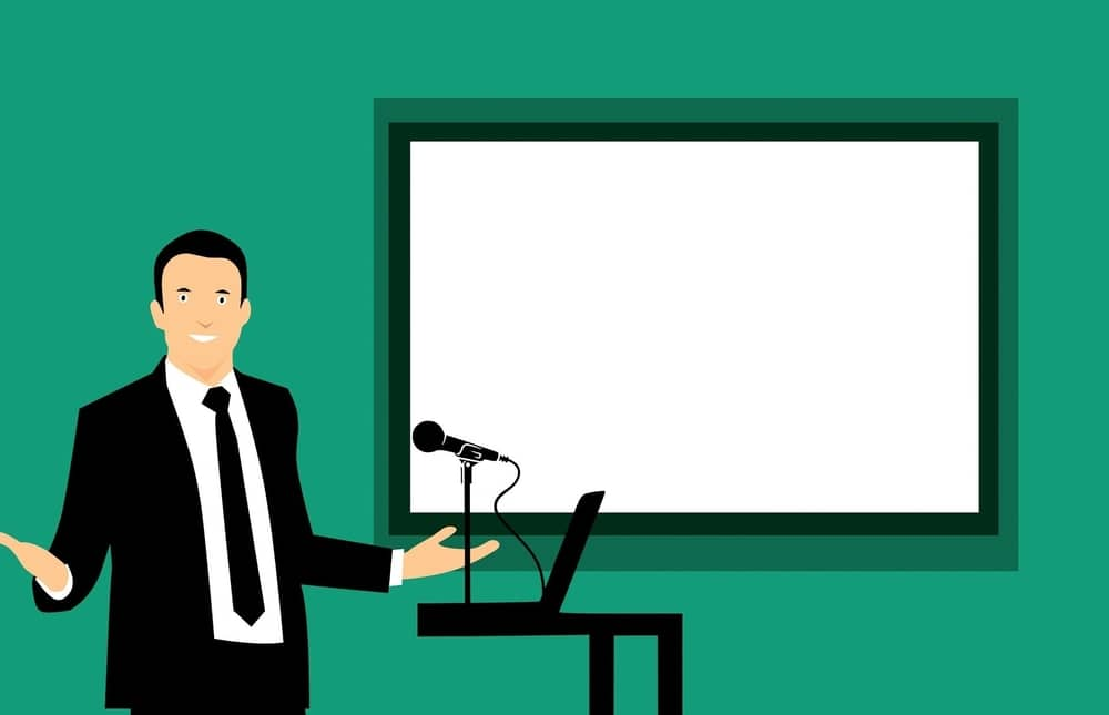 how to introduce yourself in a presentation